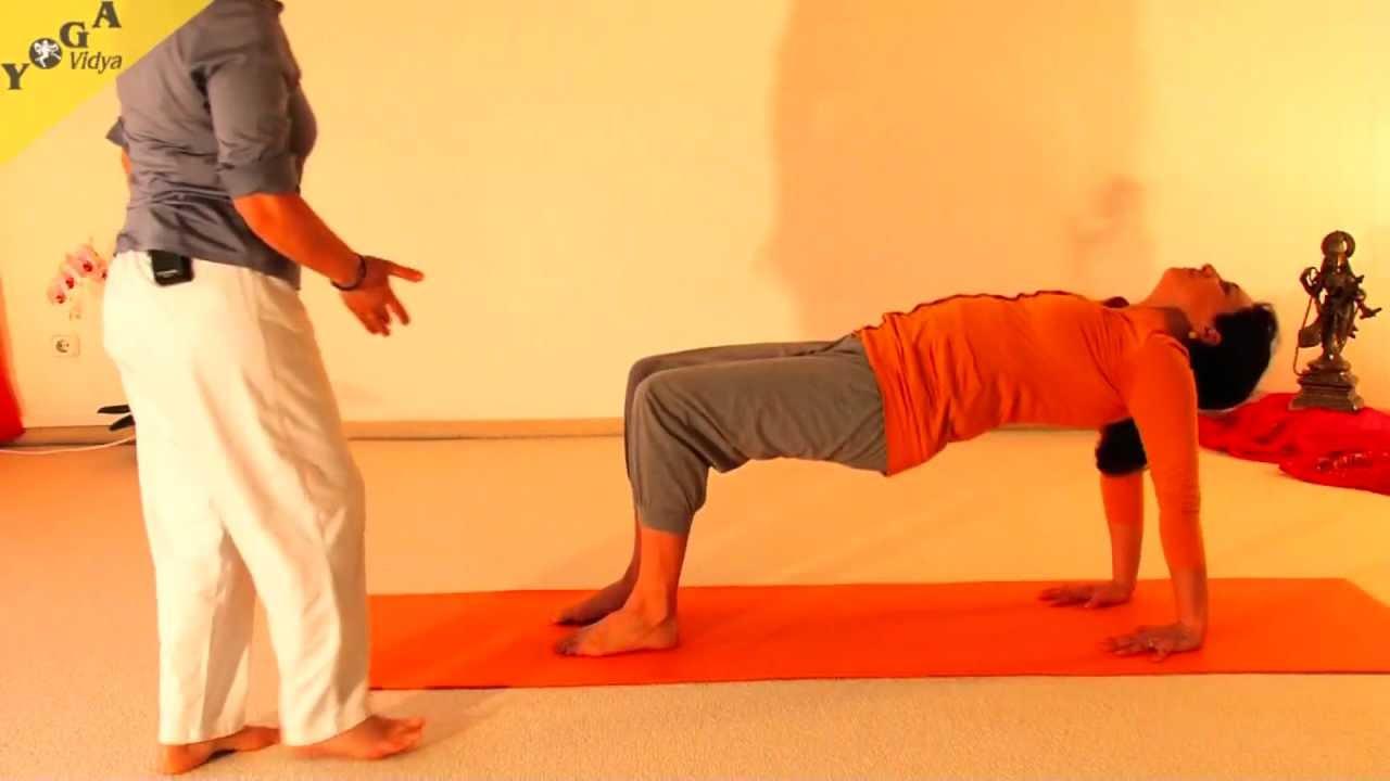 Yoga - Curso Principiantes - Yoga en Español - YouTube f1dba4d0732c