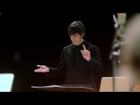 "Johannes Maria Staud: ""Am Horizont (…schon ganz woanders…)"" music for ten instruments & tape (2020)"