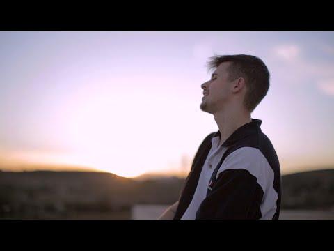 Daniel Sabaterr (feat. GOKO!) - CLÁSICO ( Video Oficial )