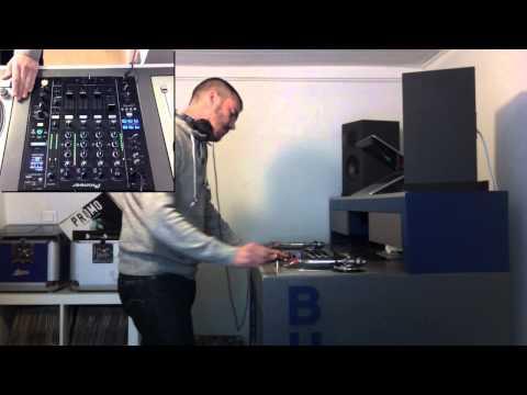 DJ Buzz - YouTube Mix 18 (set of 1h00 - Early Hardcore)