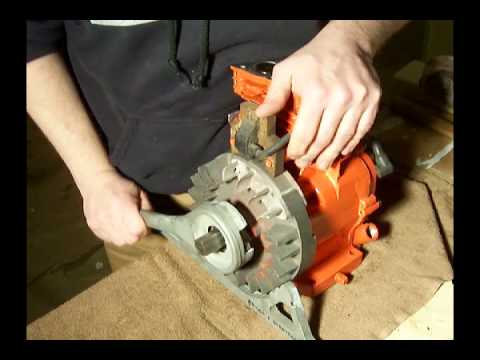 Briggs Stratton Engines >> #12 - Briggs and Stratton 5HP 130202 - Flywheel and Starter clutch removal - YouTube