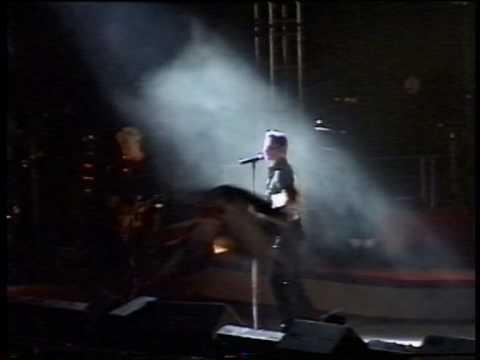 Depeche Mode - Useless (The Singles Tour 86-98 - Live in Tartu, Estonia, 02.09.1998)
