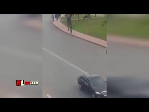A man disrupt king of morocco's convoy