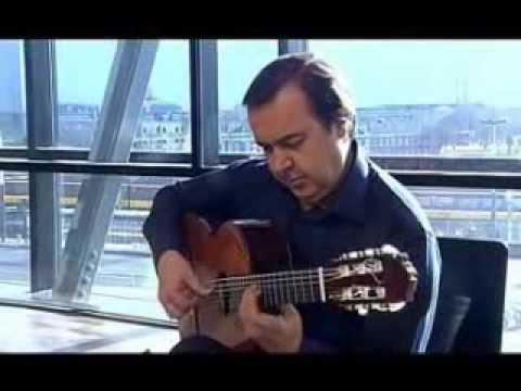 Manolo Franco con guitarra de Juan Miguel González