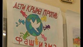 В Доме культуры открылась выставка рисунков «Дети за мир без войны»