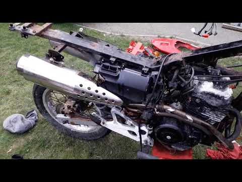 Honda Fx650 Part 3 Started To Take The Fx Apart