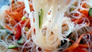 Фунчоза по новому +вкусная  заправка**янги усулда фунчоза салат..