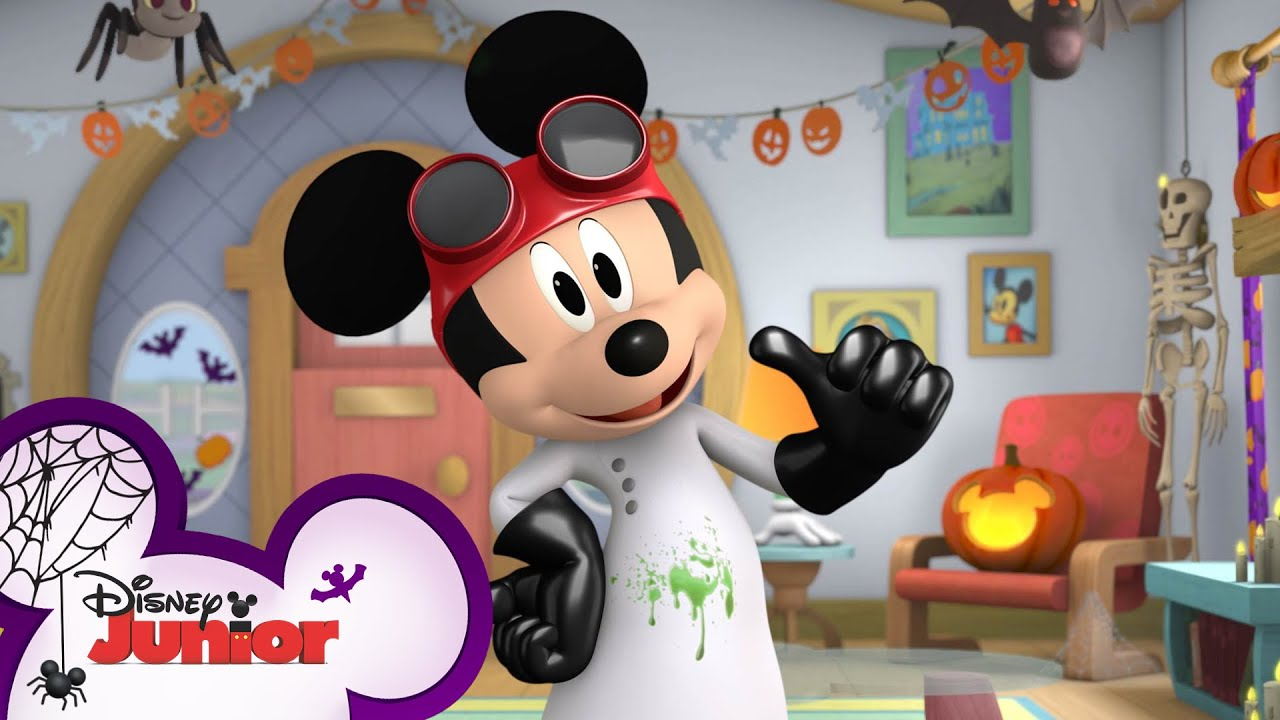 Halloween Costumes 🎃  | Halloween Games | Compilation | Mickey's Trick or Treats | Disney Junior