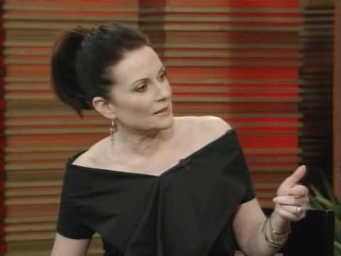 MEGAN MULLALLY - Live with Regis and Kelly (12-04-2010)