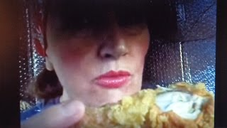 asmr Eating POPEYE'S FRIED CHICKEN close-up