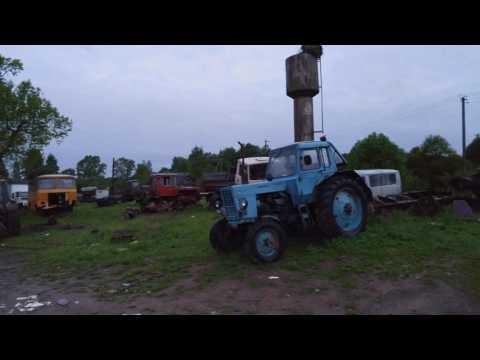 Кладбище сельхозтехники в деревне Вёска Псковская область