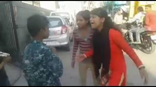 In ladkiyo ki galiya sun aap bhi achambha krenge must watch Indian girls gandi galiya