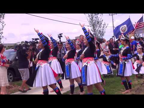 2017 Hmong Minnesota July 4th. Hmoob Misnisxaustas J 4 xyoo 2017. (Just a short video)