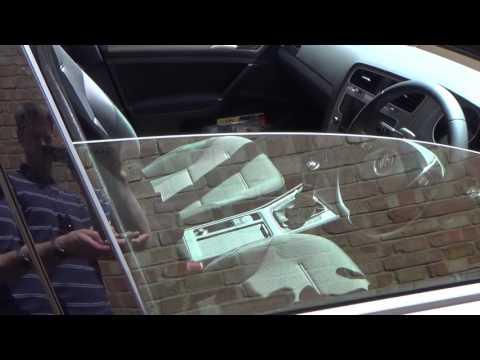 OPEN & CLOSE Convenience feature on a VW Volkswagen Golf MK7