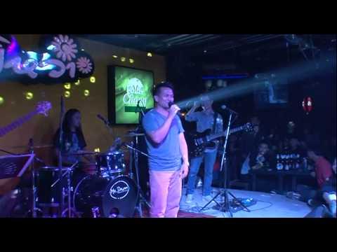 The voice ( Jimmy, Ingrid , Beer ) Live in ยิหวา 24 พ.ย. 2557