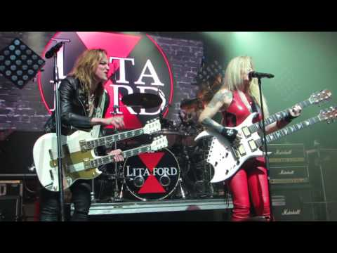 """Lita Ford &  Lzzy Hale  """"Close My Eyes Forever"""" Live @ Webster Hall"""