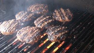 Smokingpit.com - Zesty Italian Onion Burgers. Oak Wood Fire Grilled On The Scottsdale.