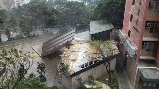 Hong Kong issues top typhoon warning as Mangkhut arrives