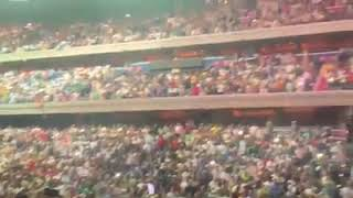 Pakistan Anthem with 25K - 30K people in Capital Arena