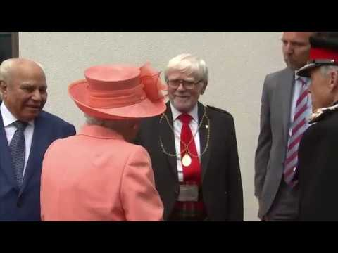 The Queen presses Highland Spring button on visit to Scotland