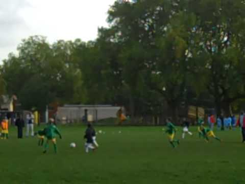 Holmleigh qualify for the Hackney Football Finals