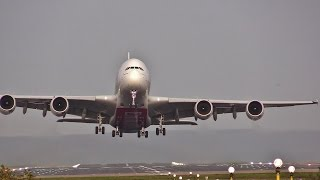DUCK!!!!   Airbus A380, the world's biggest passenger plane