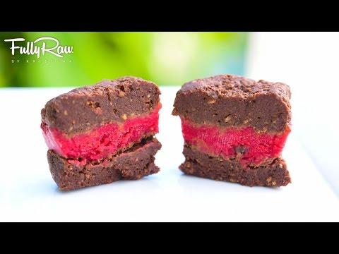 FullyRaw Raspberry Fudge Squares!