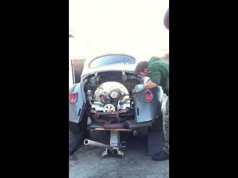 1970 vw bug engine removal in less than 15 minutes.