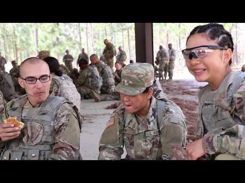 Army Basic Training: 'Typical Day in Basic Training' (Episode 3)