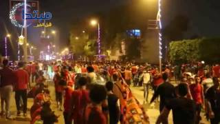 فيديو| «ألتراس أهلاوى» يغلقون شارع قصر النيل