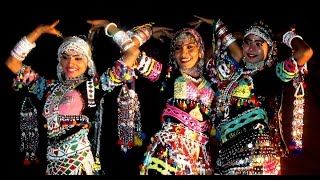 Indian Sensuous Folk Dance Jaipur Amer Fort *HD*