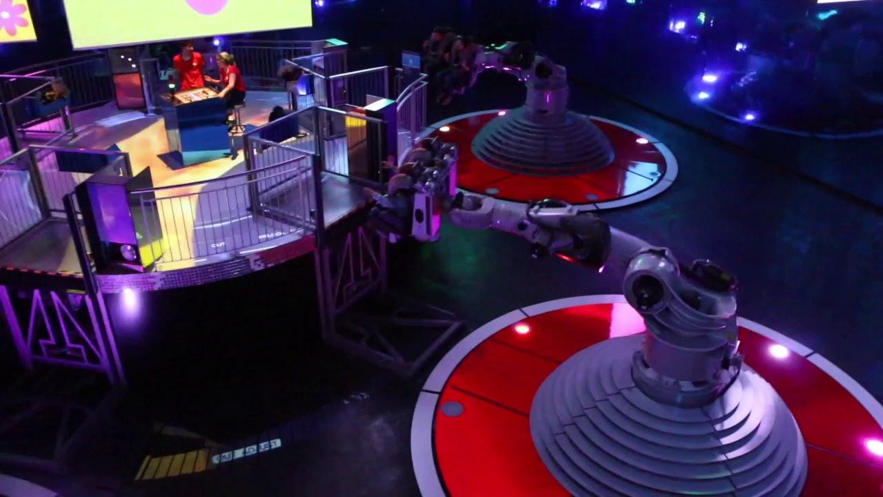 futuroscope danse avec les robots
