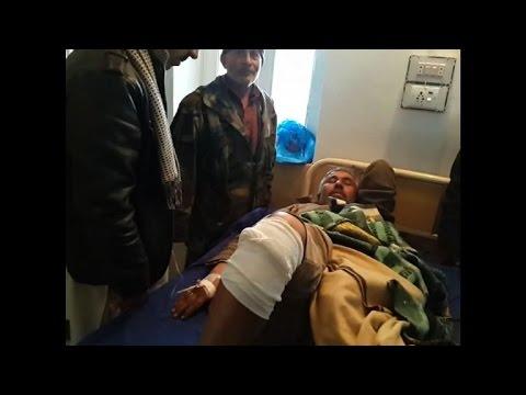 Pakistani military: market bomb kills at least 20