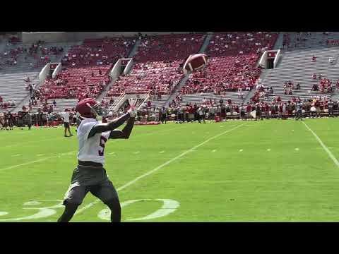 Tua Tagovailoa, Jalen Hurts throw at Alabama Fan Day
