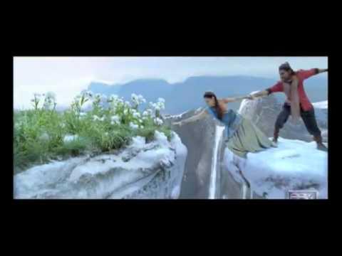 Badrinath Telugu Movie Trailer  - Allu Arjun, Tamannah.flv