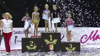 Парад открытия и награждение гимнасток 2013 - 2010 г.р.