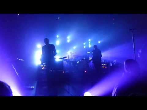 04. Dry Your Eyes - Angels & Airwaves Full Concert (HD) 2012