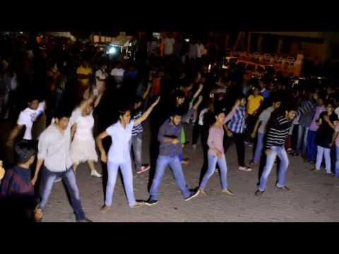 flashmob andhrauniversity 2014