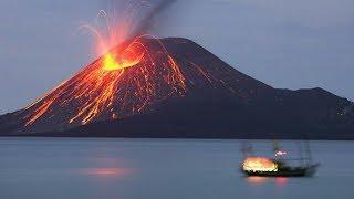 Vidio amatir detik-detik gunung krakatau meletus juni 2018
