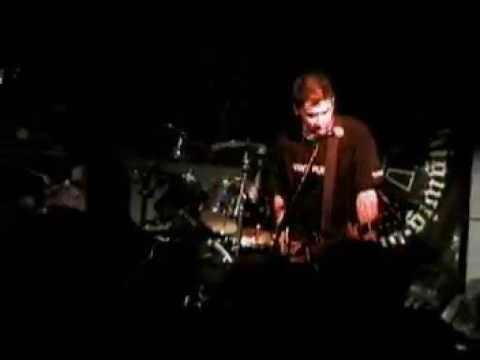 Bigwig - 12 - The Girl in the Green Jacket (Live in Quebec City 12/12/2002)