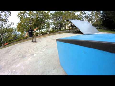 Park Sesh at the Labuan Skate Park | 16 May 2012