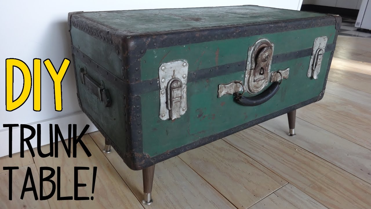 Nice Large Antique Old Fashioned Blue Cabin Trunk Antiques