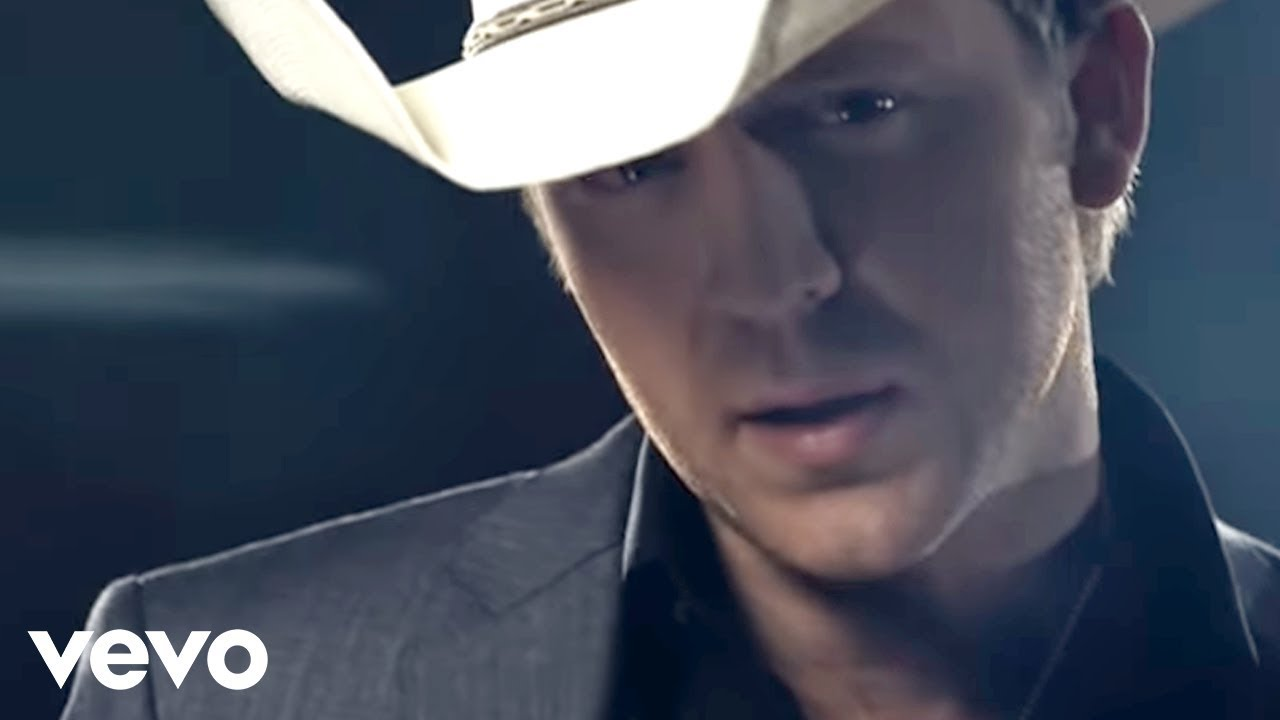 Justin Moore If Heaven Wasnt So Far Away Official Video Youtube