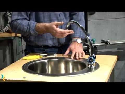 Reparar y mantener grifo de fregadero bricocrack youtube for Llaves para fregadero