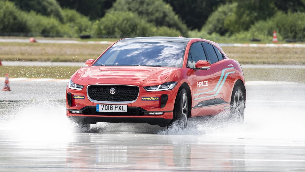 Awd Electric Car >> Jaguar I Pace On A Track Short Experience With Electric Car 400 Hp Awd 1001cars