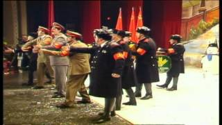 "Chirigota-""Los Que Vinieron de Leningrado""(2002) Pasodoble-""Mis queridos camaradas""-by mangla.avi"