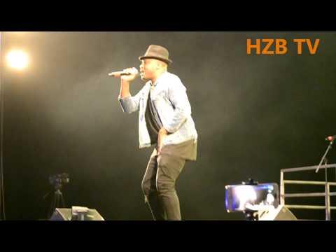 Lameck Ditto - Moyo sukumadamu #Live Performance At Escape One