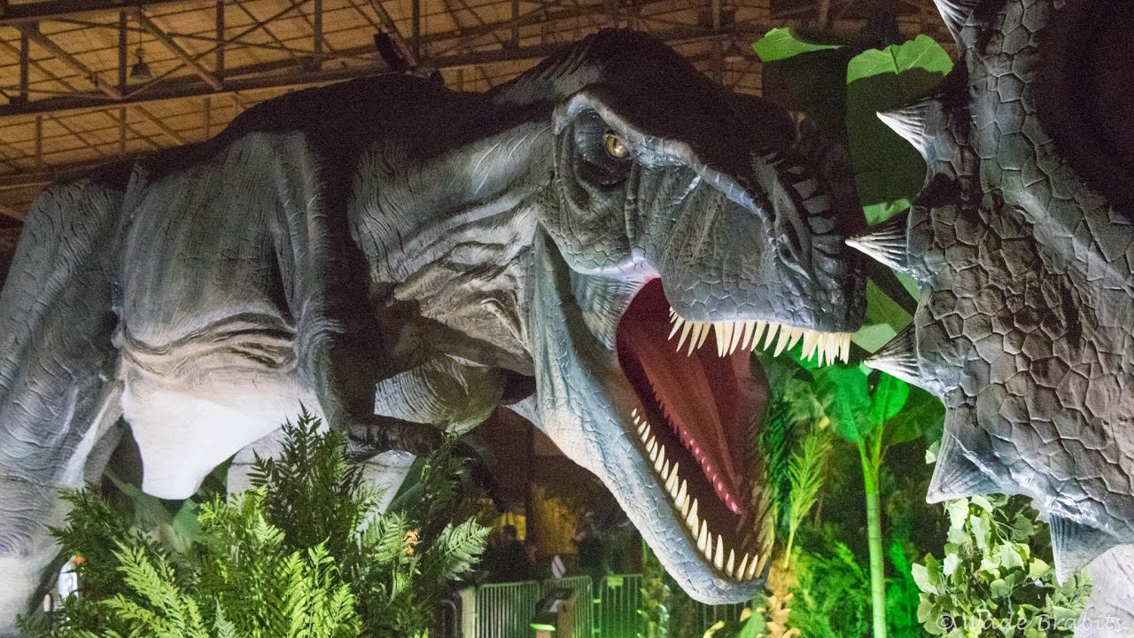 Jurassic Quest 2017 Kansas City - YouTube