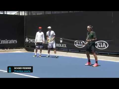 Federer AO17 practice