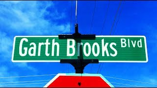 Famous Graves: Garth Brooks' Future Final Resting Place?